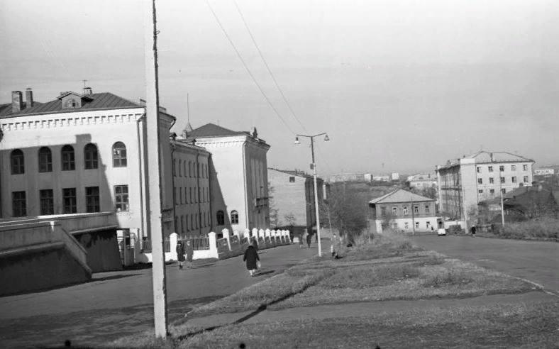 Октябрьский проспект. 1966 г.